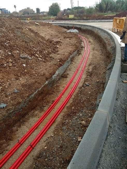 GESA S.L encargada de realizar el servicio técnico, en representación del Ayuntamiento de Lliçà de Vall, consistente en el seguimiento de las obras de urbanización del Polígono Industrial El Pla sector 2